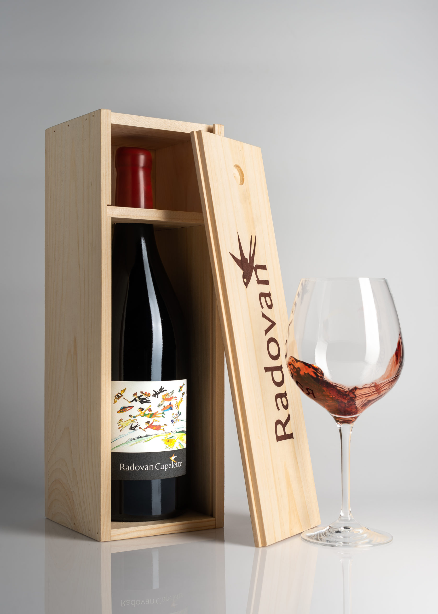 hren | plethora of creativity // Radovan winery studio product photography