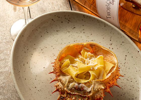 hren   plethora of creativity // Šipun winery product photography at Rivica restaurant